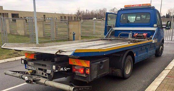 Šlep služba Savski Venac - plavi kamion za šlep