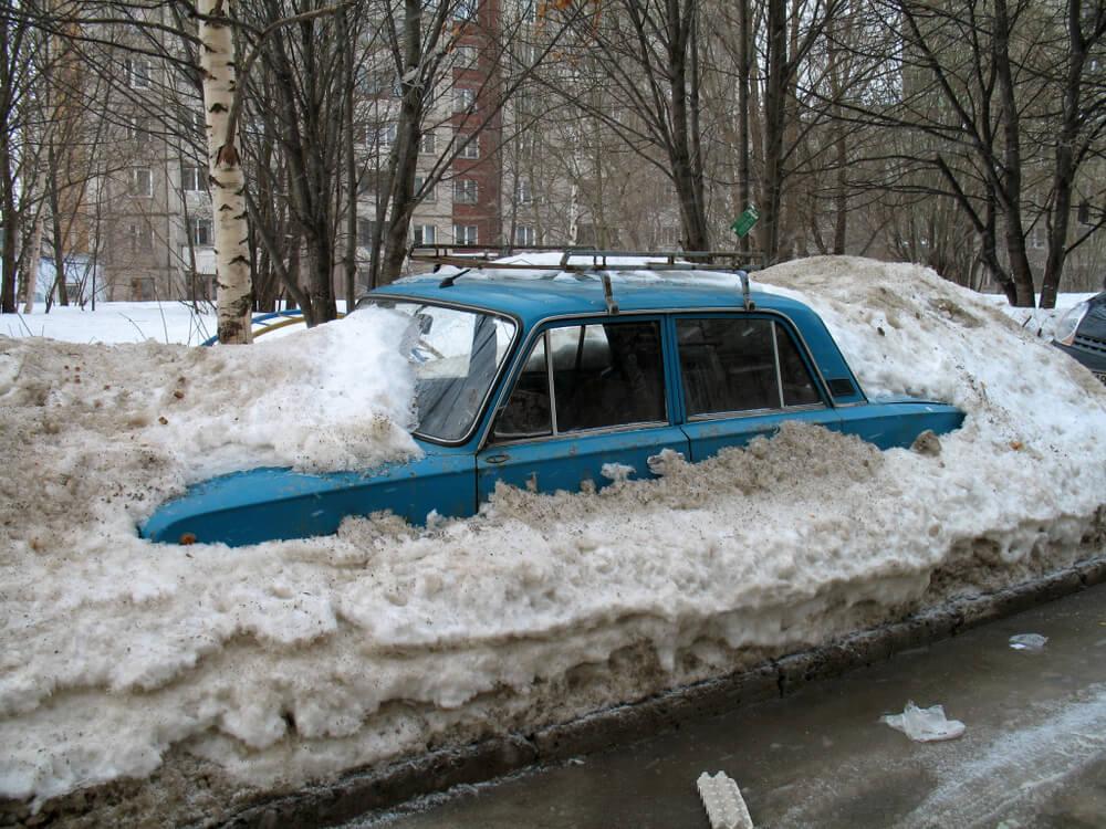 Šlepanje auta po lošem vremenu